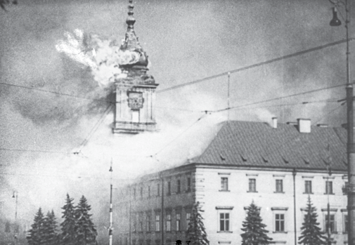 Warsaw in 1939. The Royal castle burns